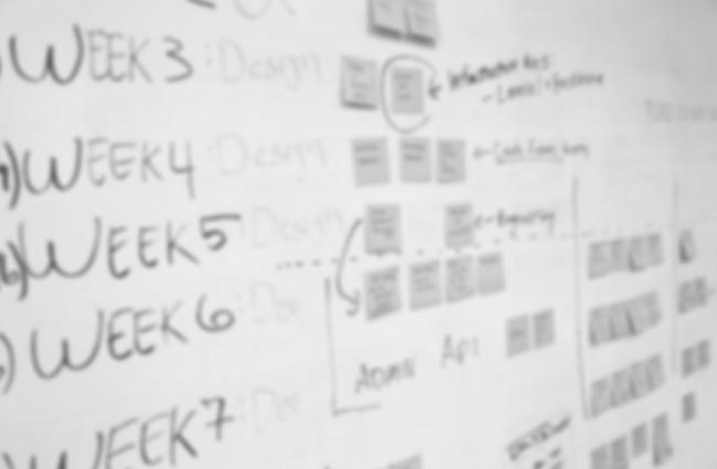 segun-asi-planean-los-startups-con-post-its